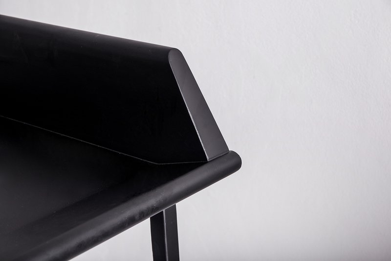 Aristo chair close up4 treniq