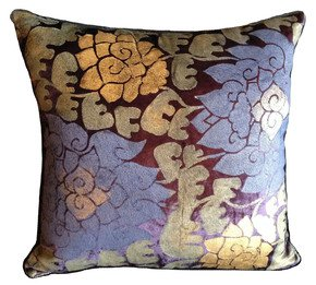Lotus-Flower-Pillow_Via-Venezia-Textiles_Treniq_0
