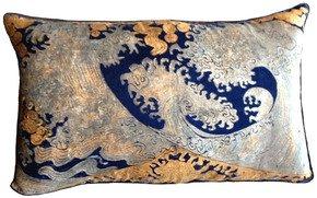 Hokusai-Pillow_Via-Venezia-Textiles_Treniq_0