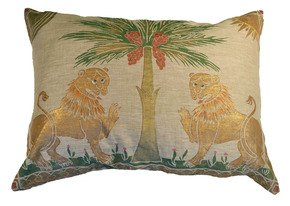 Ruggero-Lions-Pillow_Via-Venezia-Textiles_Treniq_0