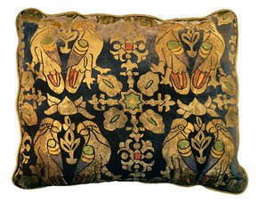 Parrots-Pillow_Via-Venezia-Textiles_Treniq_0
