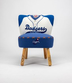 The-Vintage-Dodgers-Baseball-Chair_Rhubarb-Chairs_Treniq_0