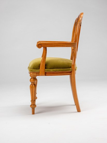 Extremely rare and delightful child's size vintage salesman sample chair. rhubarbchairs treniq 10 1575488196005