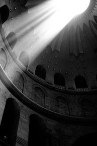 Good-Friday-In-The-Church-Of-The-Holy-Sepulcher-|-Limited-Edition-1-Of-10_Tal-Paz-Fridman_Treniq_0