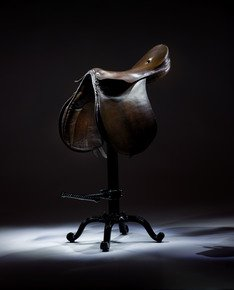 The-Vintage-Riding-Saddle-Bar-Stool,-Unique-&-Quirky-Leather-Bar-Stool._Rhubarb-Chairs_Treniq_0