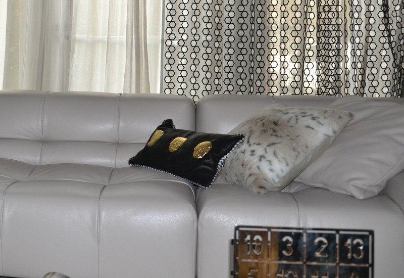 Skull cushion goshhh treniq 5