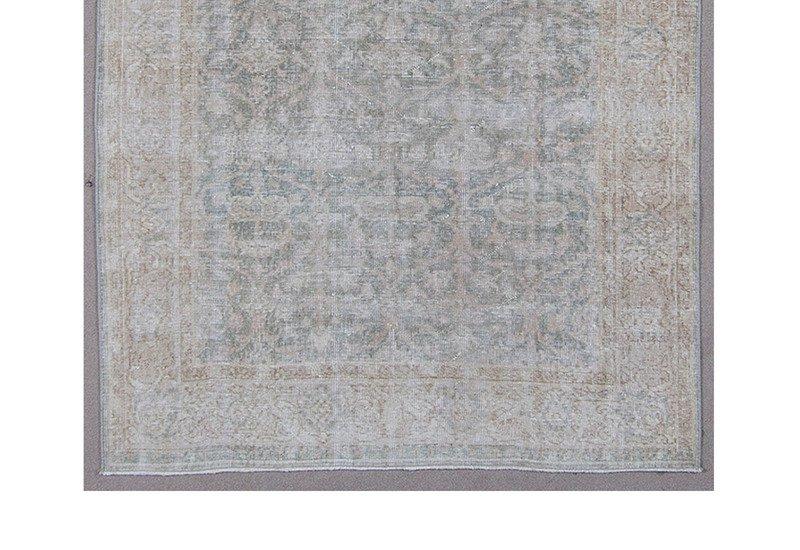 Vintage rugs iii subasihali treniq 3