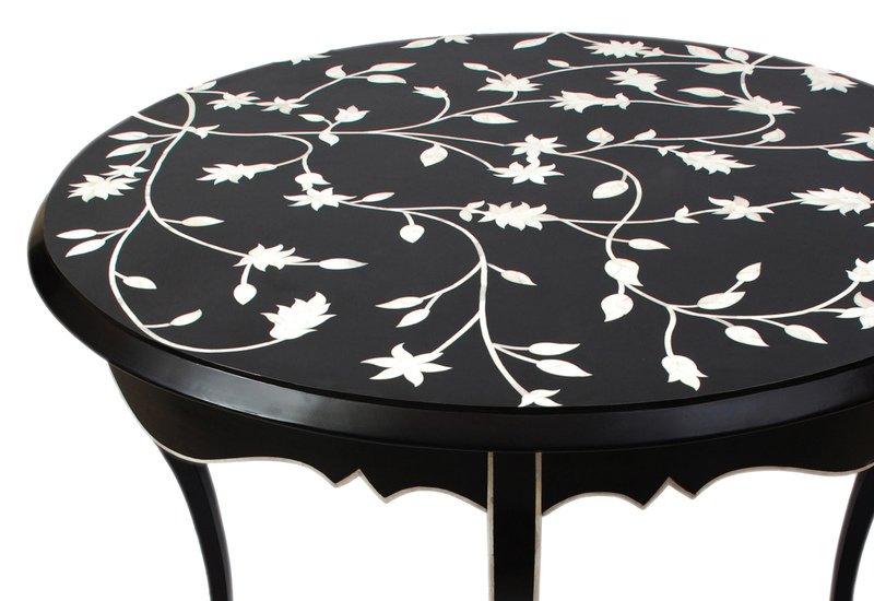 Passion lilies table farrago treniq 2