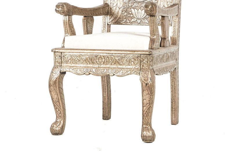 Carved old wedding chair anemos treniq 3