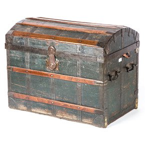 Classic-Wood-Chest_Anemos_Treniq_0