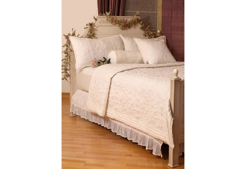 Worthy glory bedding la kairos treniq 1
