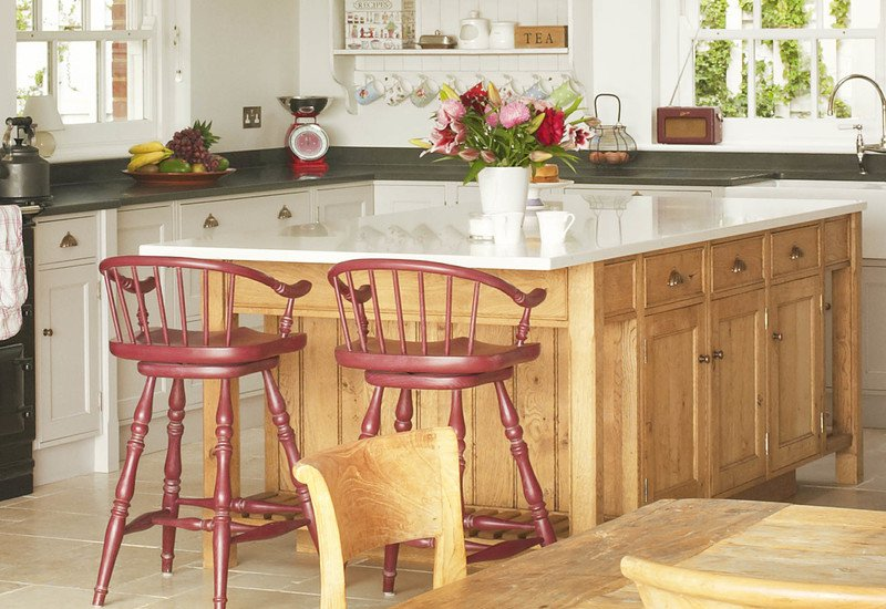 Kitchen with aga rencraft treniq 3
