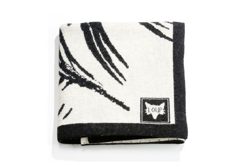 Plaid zebra throw loup maison treniq 1