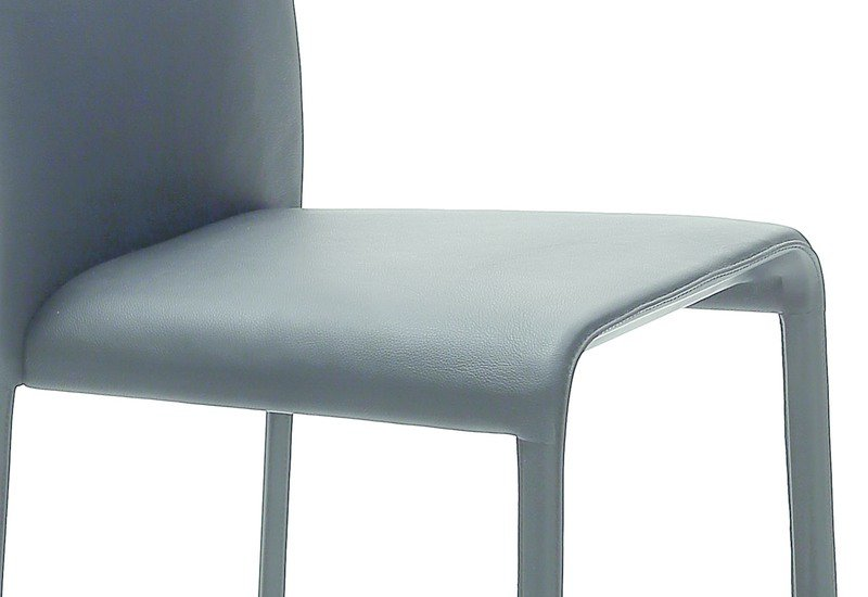Scala chair coedition treniq 4