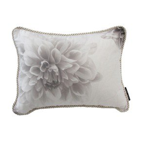 Fleur-Cushion_Poemo-Design_Treniq_0