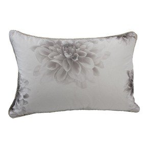 Fleur-Cushion-2_Poemo-Design_Treniq_0