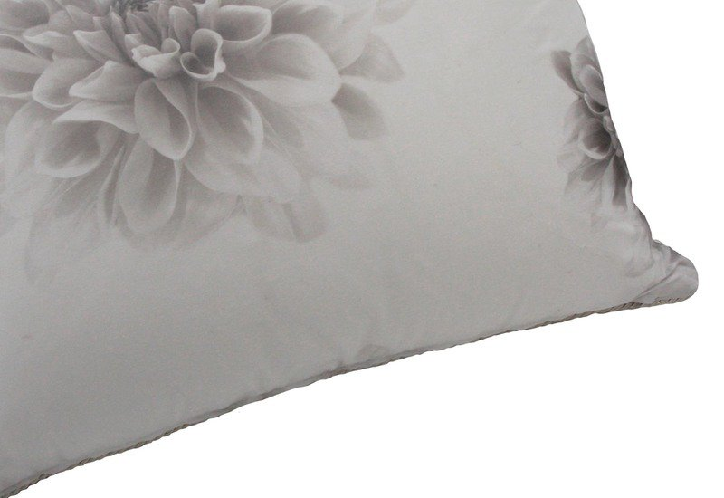 Fleur cushion poemo design treniq 4