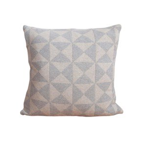 Iver Pillow - Funky Doris - Treniq
