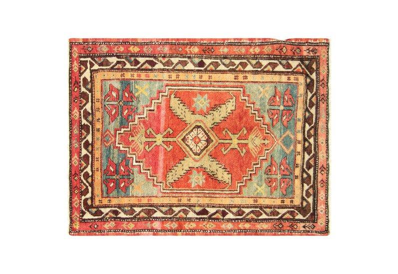 Turkish oushak rug nalbandian treniq 1