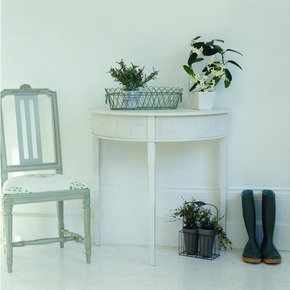 Kristane Half Moon Side Table - Gustavian - Treniq