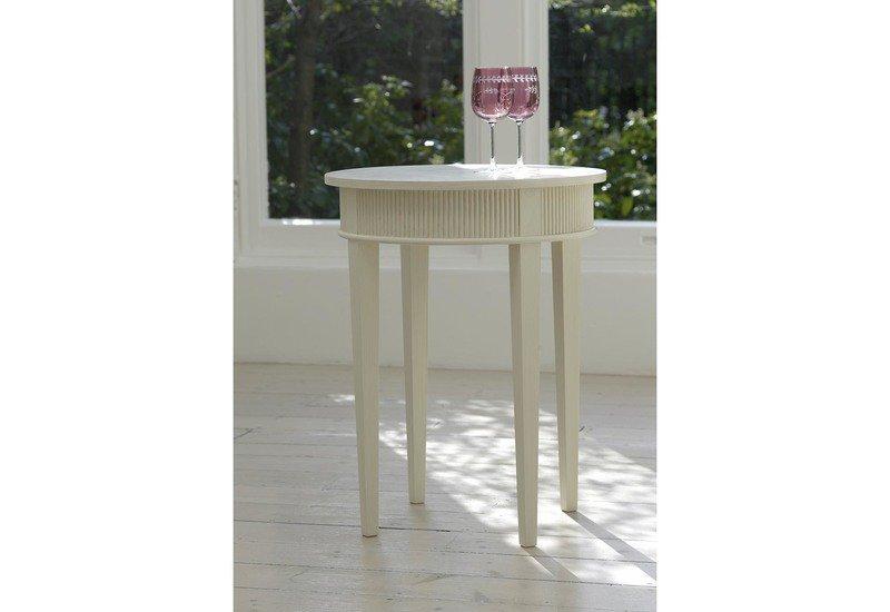 Kristane round side table gustavian treniq 1