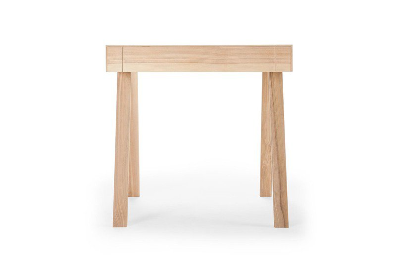 4.9 small side table emko treniq 2