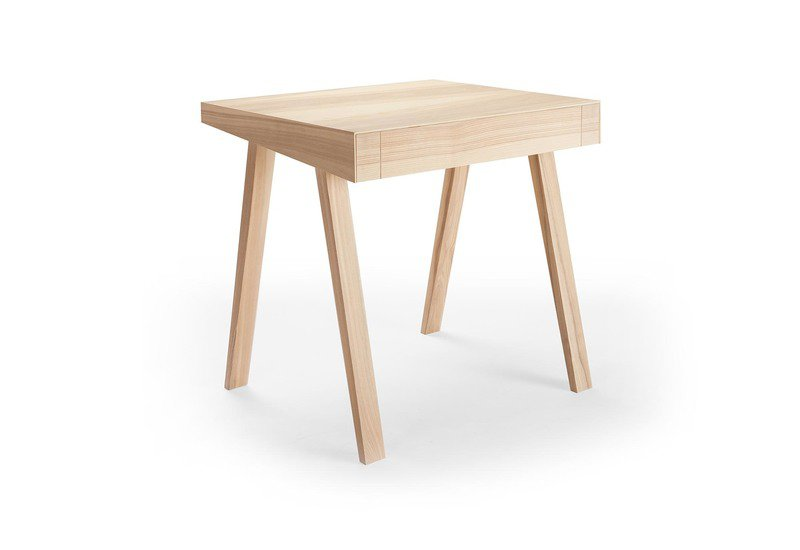 4.9 small side table emko treniq 3
