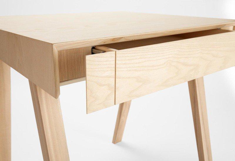 4.9 small side table emko treniq 5