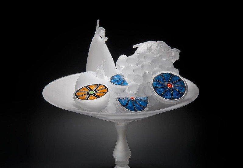 Perfect bounty sculpture london glassblowing treniq 2