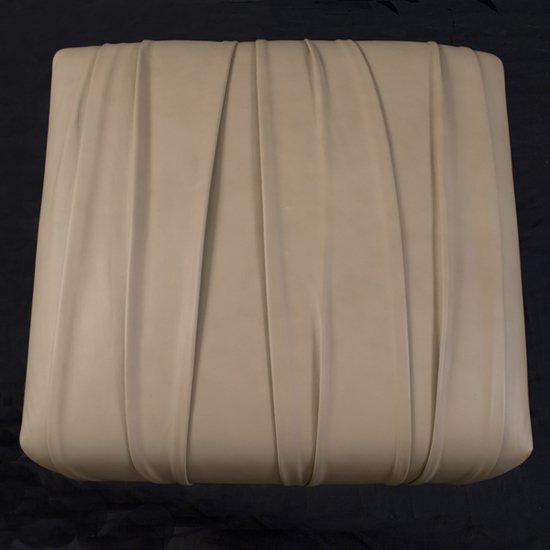 Il pezzo 1 pouf beige leather