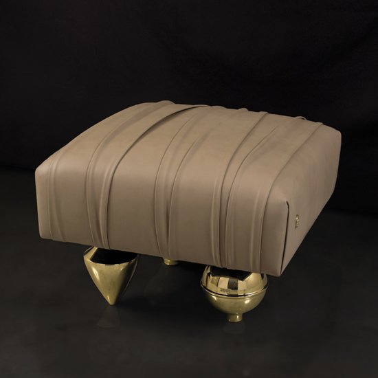 Il pezzo 1 pouf leather and brass