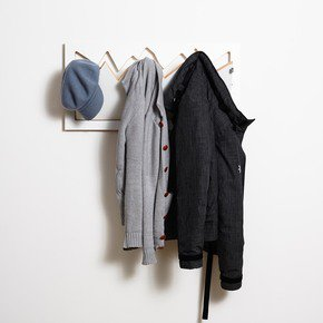 Flaepps-Garderobe/Wardrobe-Hillhaeng_Ambivalenz_Treniq_0