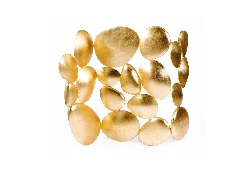 Gold folding screen treniq 1