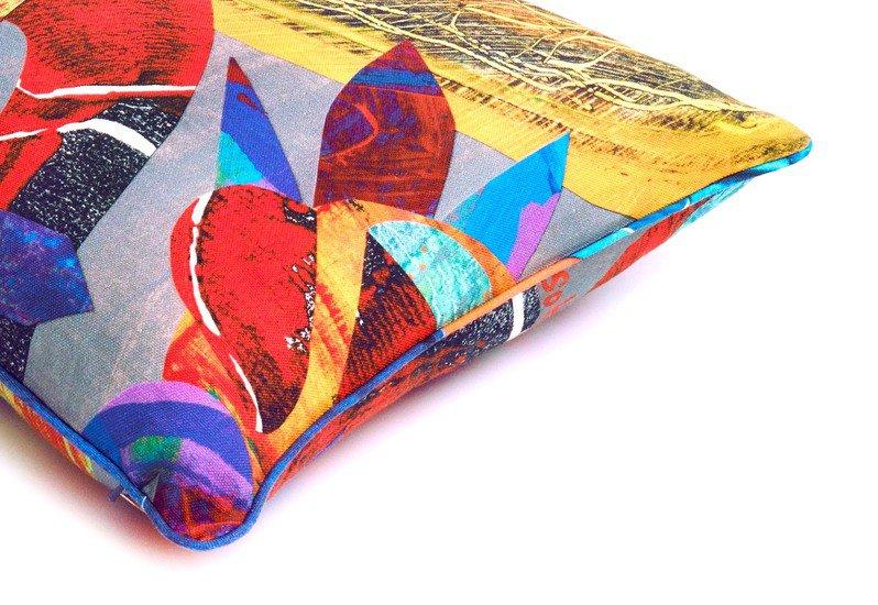 Carnival scatter cushion so klara treniq 3