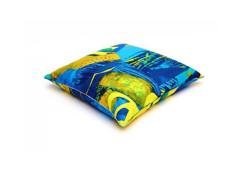 Mirissa floor cushion so klara treniq 1