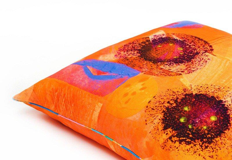Poppy flower floor cushion so klara treniq 2