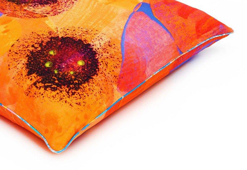 Poppy flower floor cushion so klara treniq 3