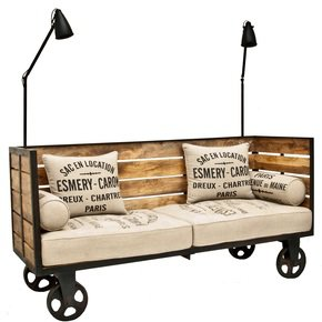 Trending-Industrial-Pallet-Design-Sofa-Trolley_Shakunt-Impex-Pvt.-Ltd._Treniq_0