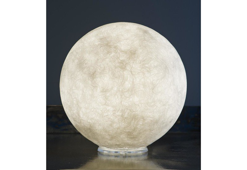 Micro moon table lamp in es.artdesign treniq 1