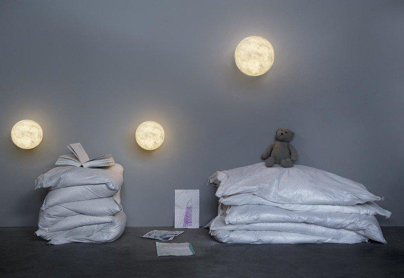 Moon wall lamp in es.artdesign treniq 3