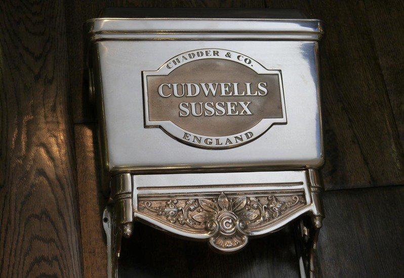 Bespoke cistern plaques chadder i chadder and co treniq 5