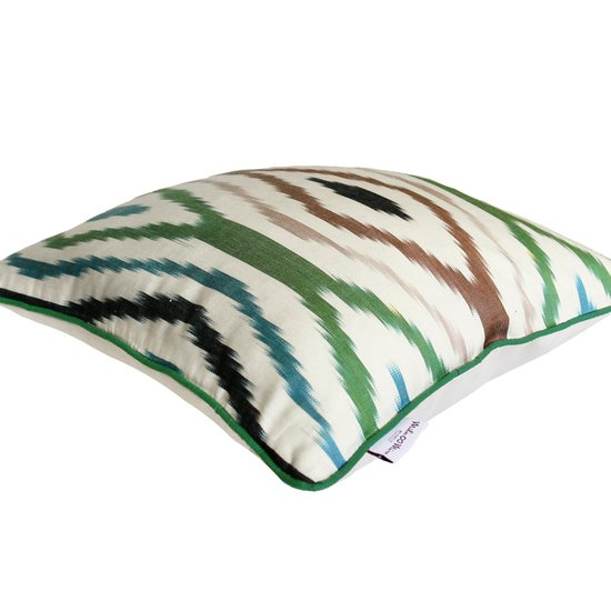 006 silk ikat pillow(3)