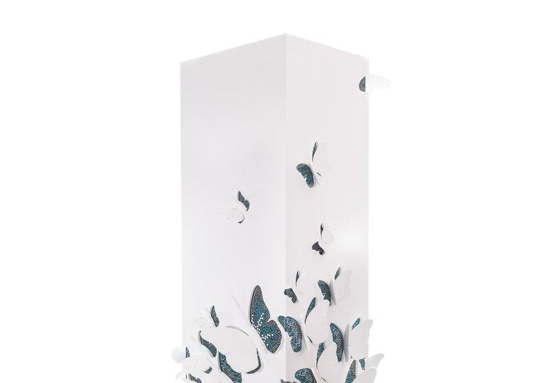 Metamorphosis cabinet alma de luce treniq 2