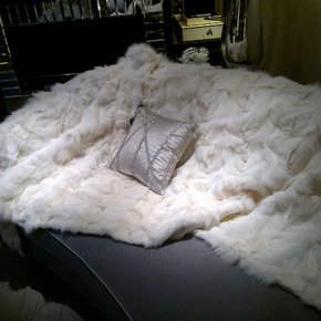 White Fox Fur Bed-scarf
