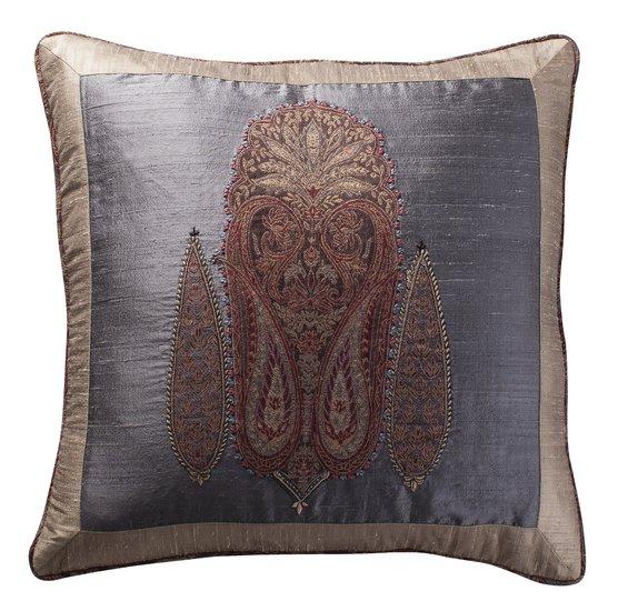 Paisley applique cushion 21x21