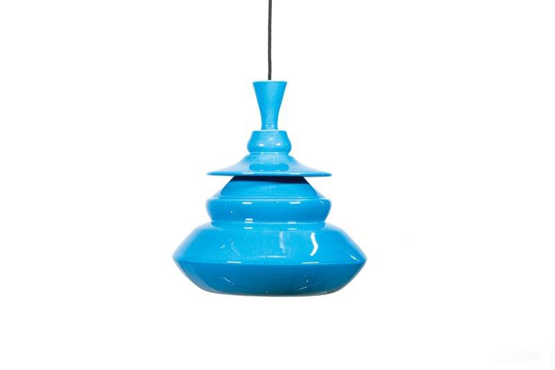 Blue shoes lamp 150ppi