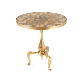 Queenly-Coffee-Table-(Small)_Bat-Eye_Treniq_0