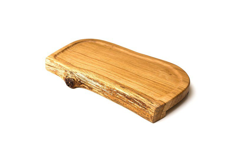 Oak serving board (medium forest to home treniq 1