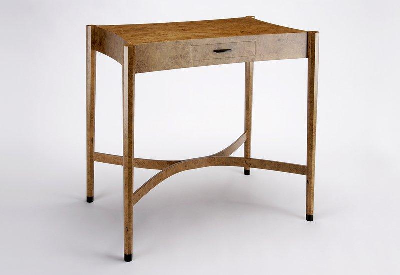 Burr oak side table philip dobbins 2