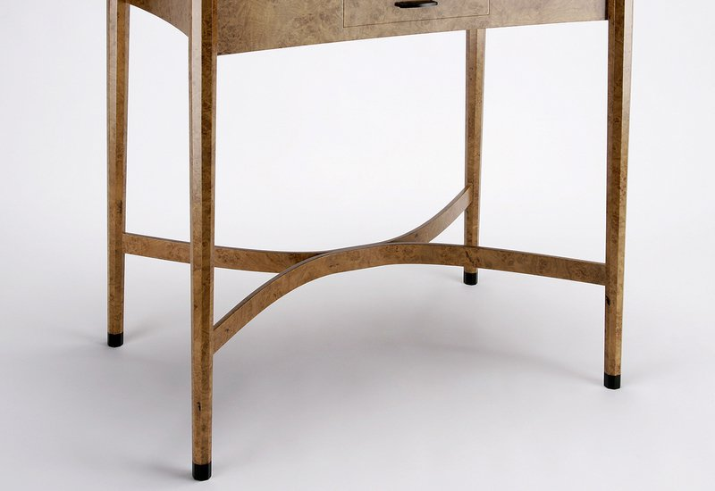 Burr oak side table philip dobbins 4